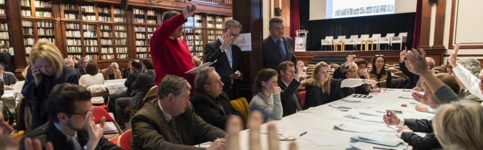 Le 29 novembre 2016, le Symev organise, à Paris, les États généraux des commissaires-priseurs : les professionnels prennent leur destin en main !